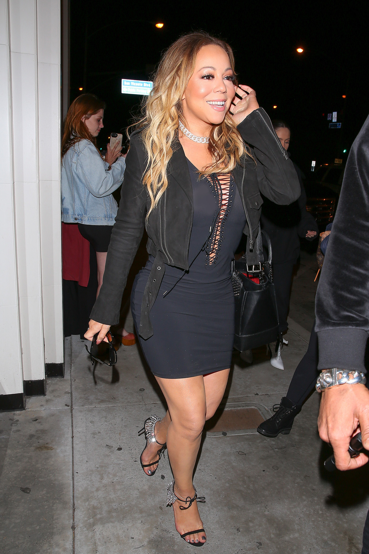 Watch Mariah Carey Called Out Nick Cannon For Cheating (InSong) video