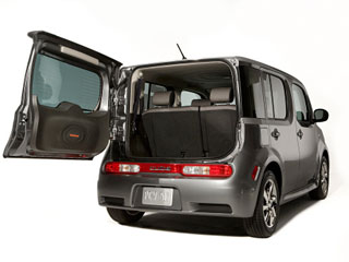 Nissan Cube open rear