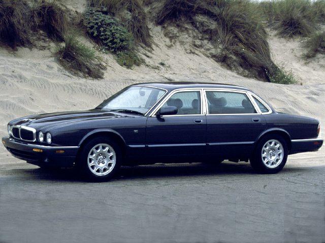 2000 XJ8
