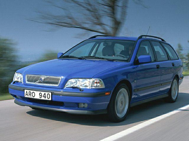 Volvo v40 2000 review