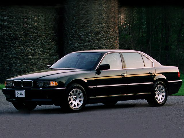 2001 BMW 740 Specs and Prices
