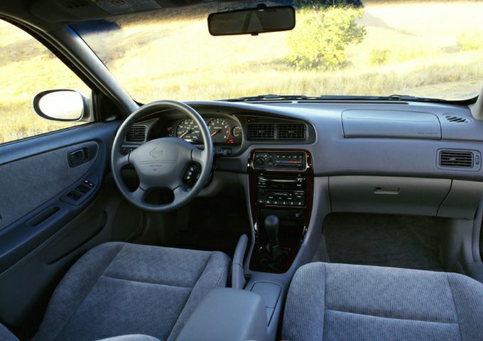 2001 Nissan Altima Gxe >> 2001 Nissan Altima Gle 4dr Sedan Specs And Prices