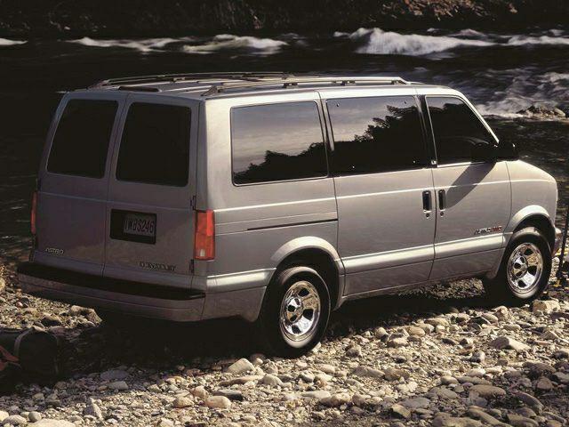 2002 Chevrolet Astro Specs and Prices