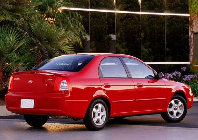 2003 Kia Spectra Gs 4dr Liftback Pictures