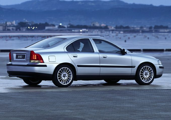 2003 Volvo S60 Pictures