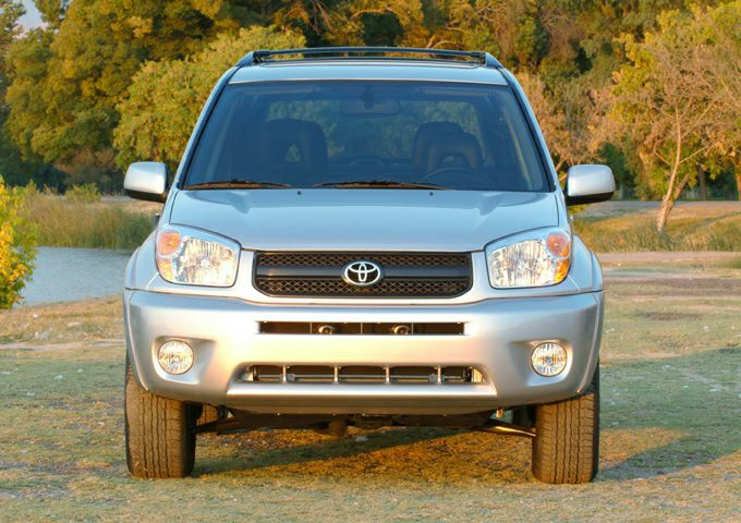 2005 toyota rav4 pictures. Black Bedroom Furniture Sets. Home Design Ideas