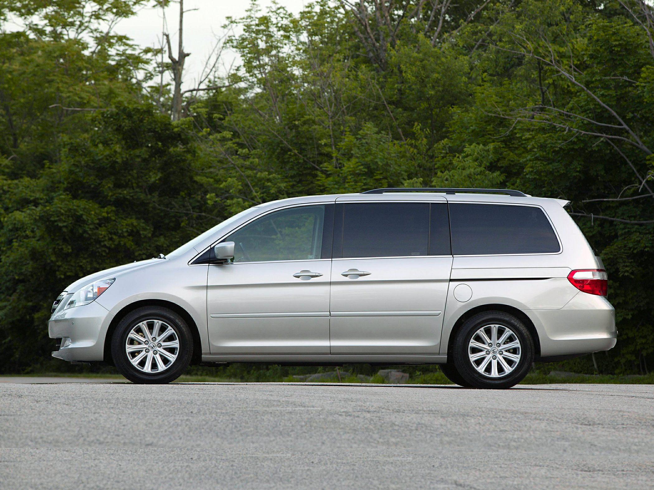 en trend and motor cars rating canada odyssey reviews cabin honda van