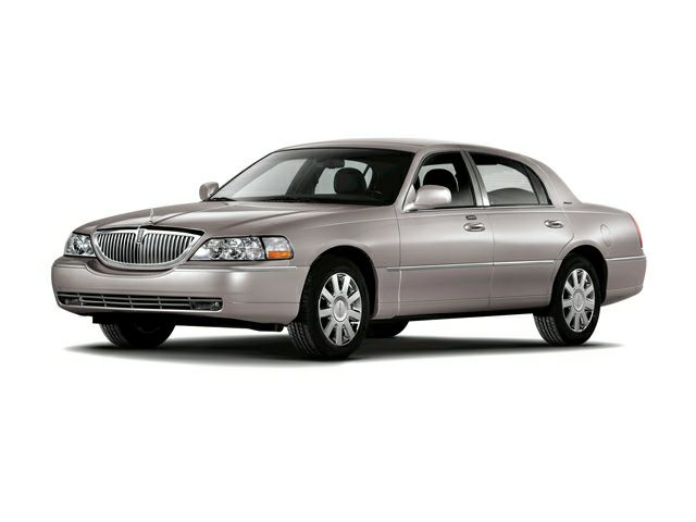 2007 lincoln town car	  2007 Lincoln Town Car Information