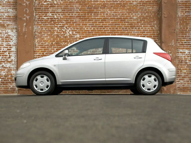 2007 nissan versa 1 8sl 4dr hatchback pictures. Black Bedroom Furniture Sets. Home Design Ideas