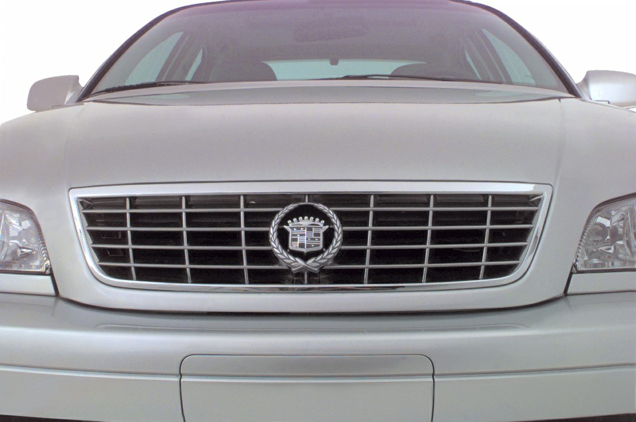 2000 Cadillac Catera Exterior Photo