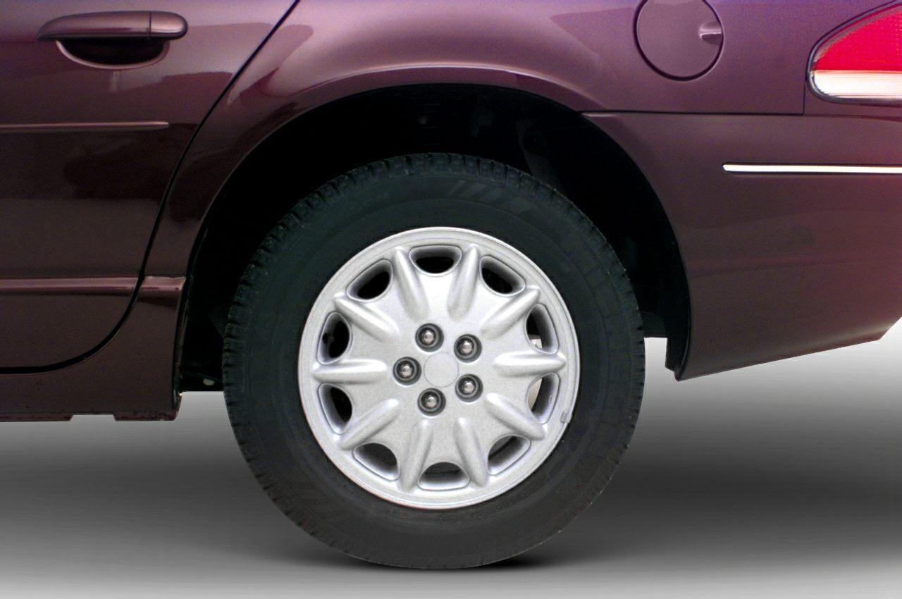 2000 Chrysler Cirrus Exterior Photo