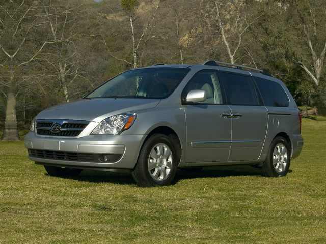 2007 Hyundai Entourage Exterior Photo