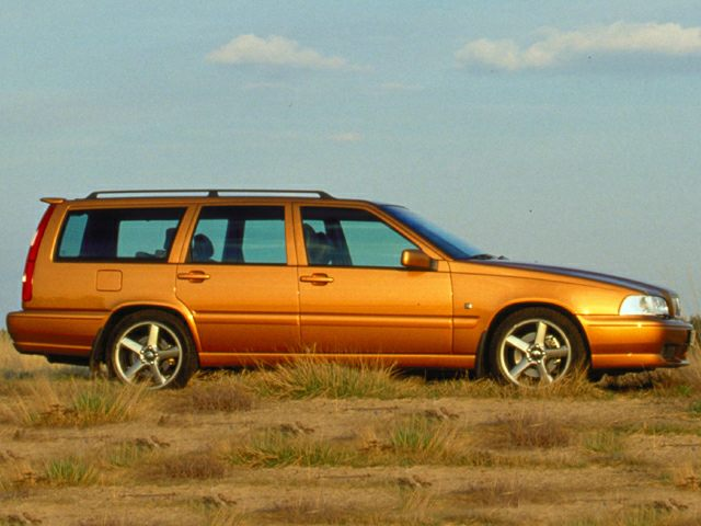 U Vogea on 2000 Volvo S70 Base
