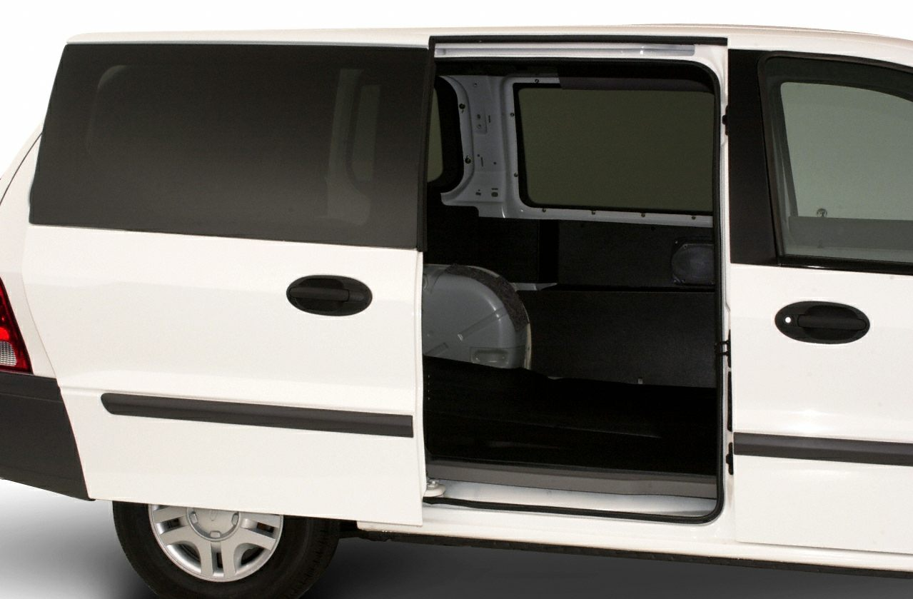 01 ford windstar specs