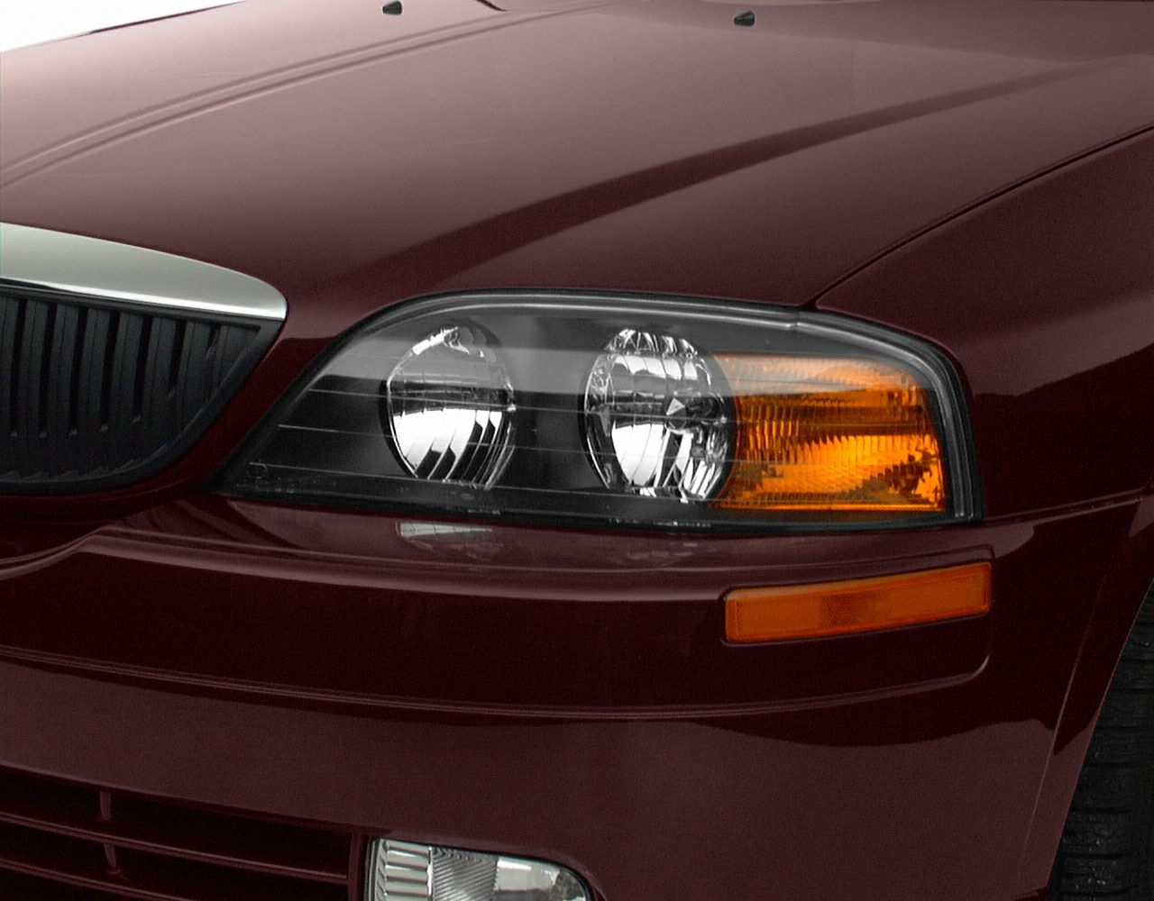 2000 Lincoln LS Exterior Photo