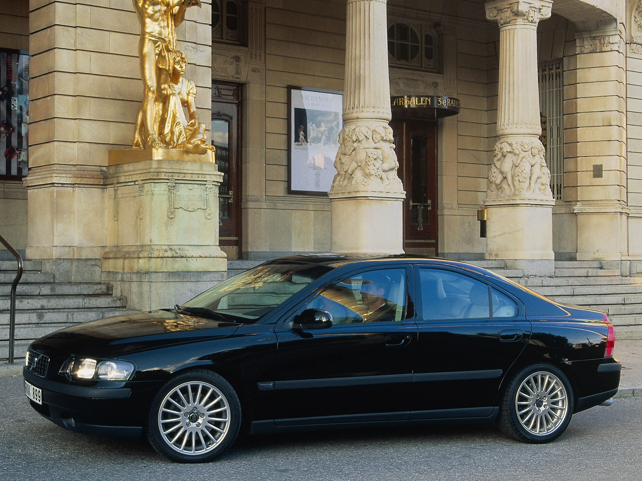 2003 Volvo S60 2 5t Awd 4dr Sedan Specs And Prices