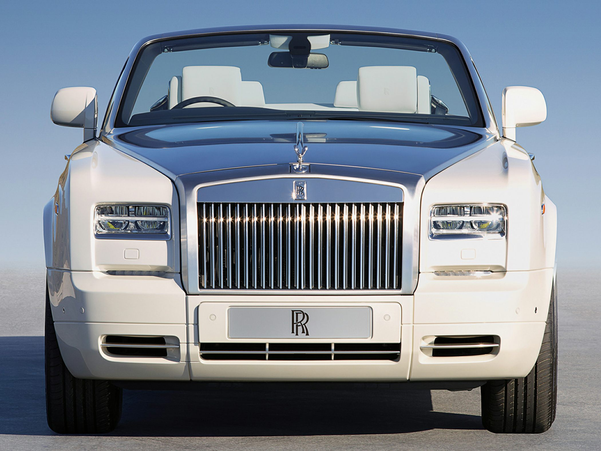 2016 Rolls Royce Phantom Drophead Coupe Photos