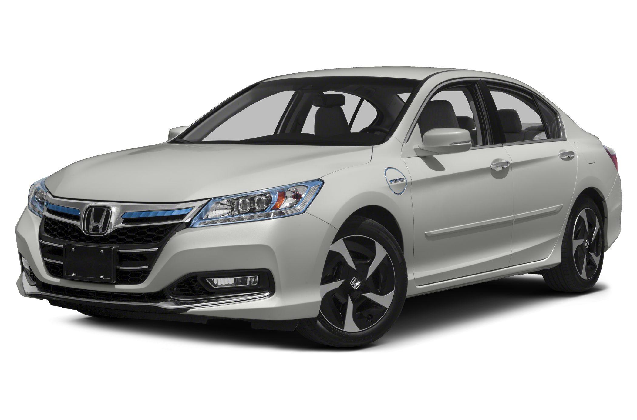 2014 Honda Accord Plug In Hybrid vs 2014 Toyota Avalon Hybrid and