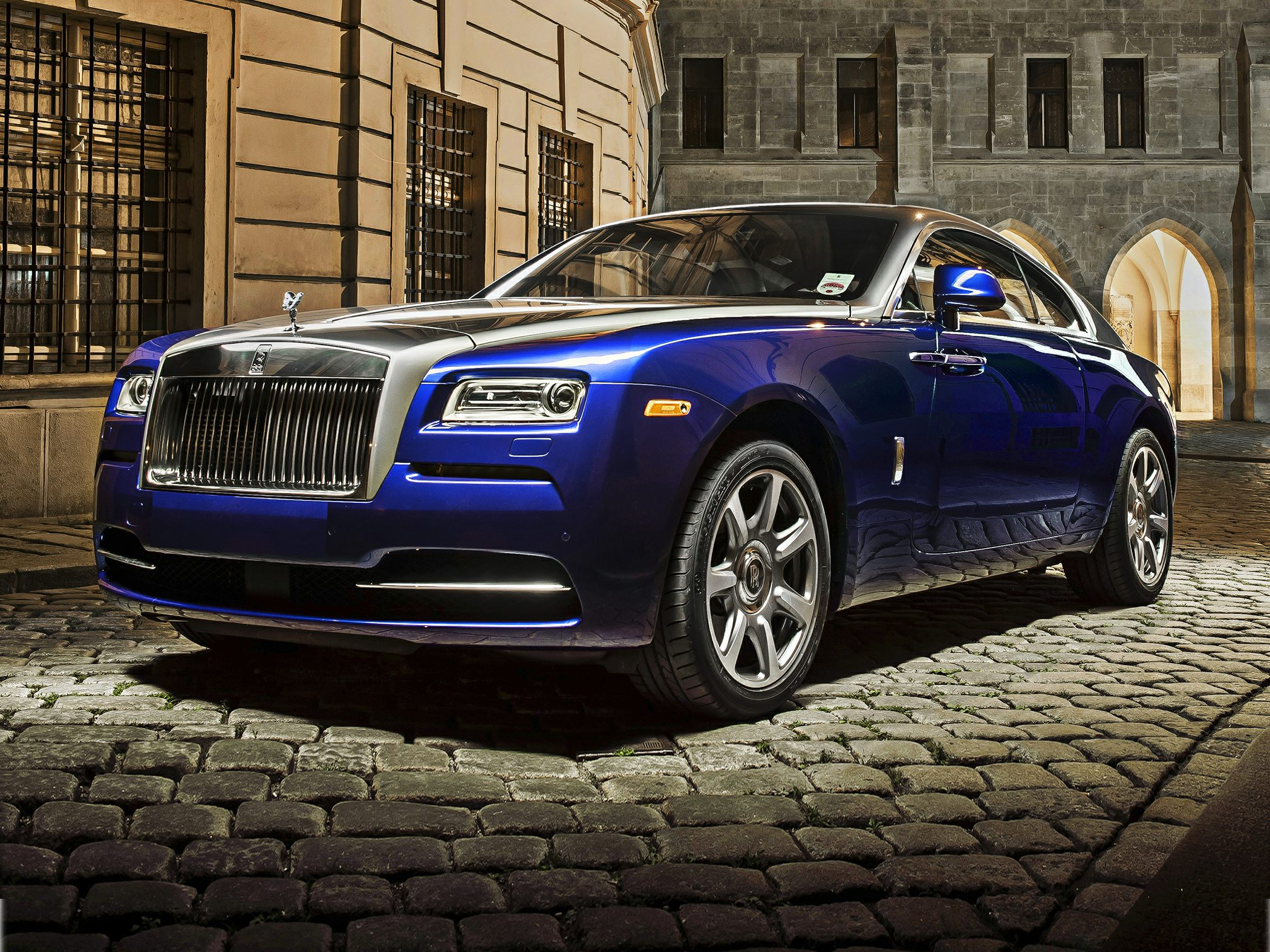 2017 rolls-royce wraith base 2dr coupe pricing and options