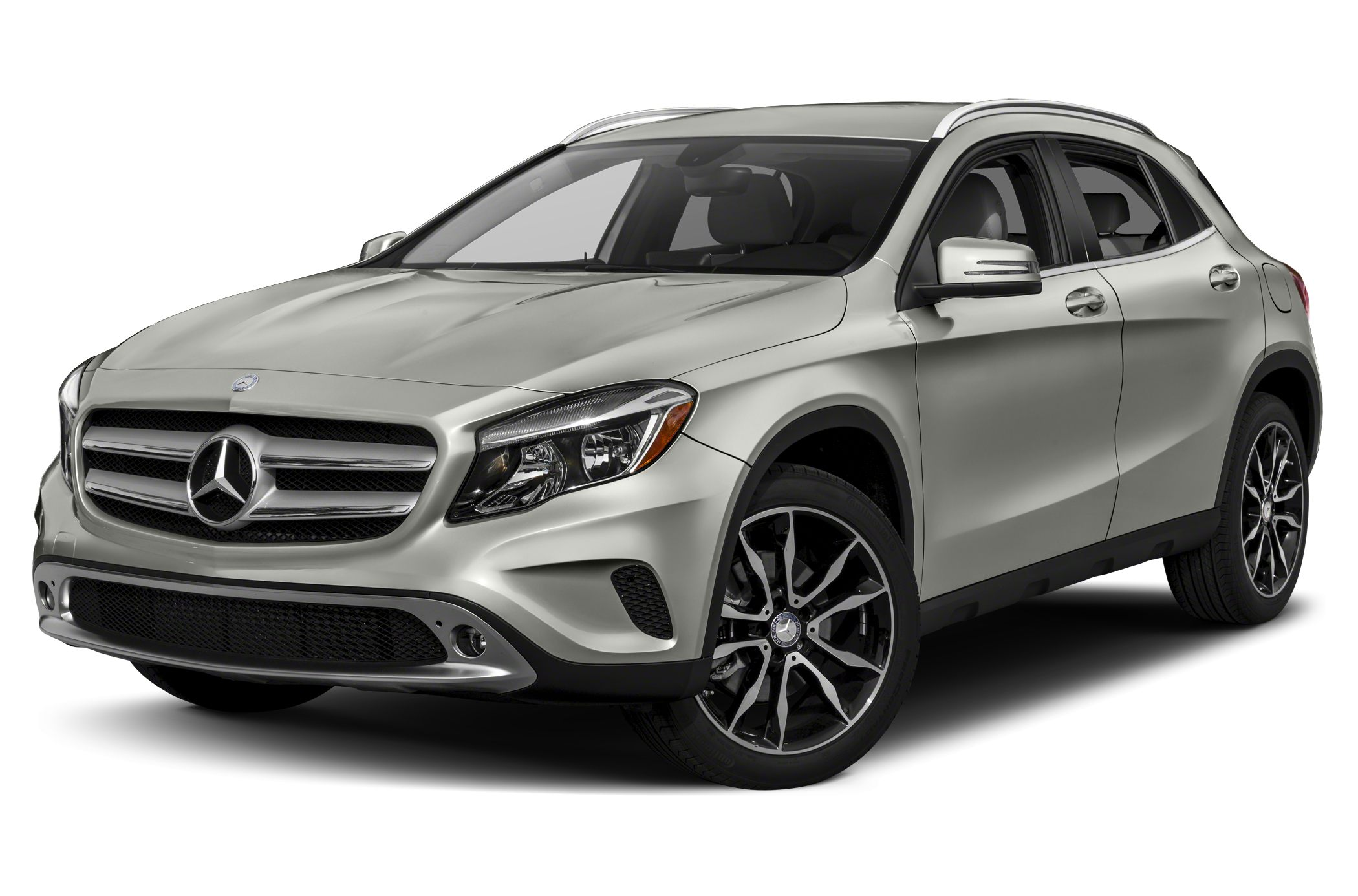 2021 Mercedes-Benz GLA-Class spied looking exactly as expected