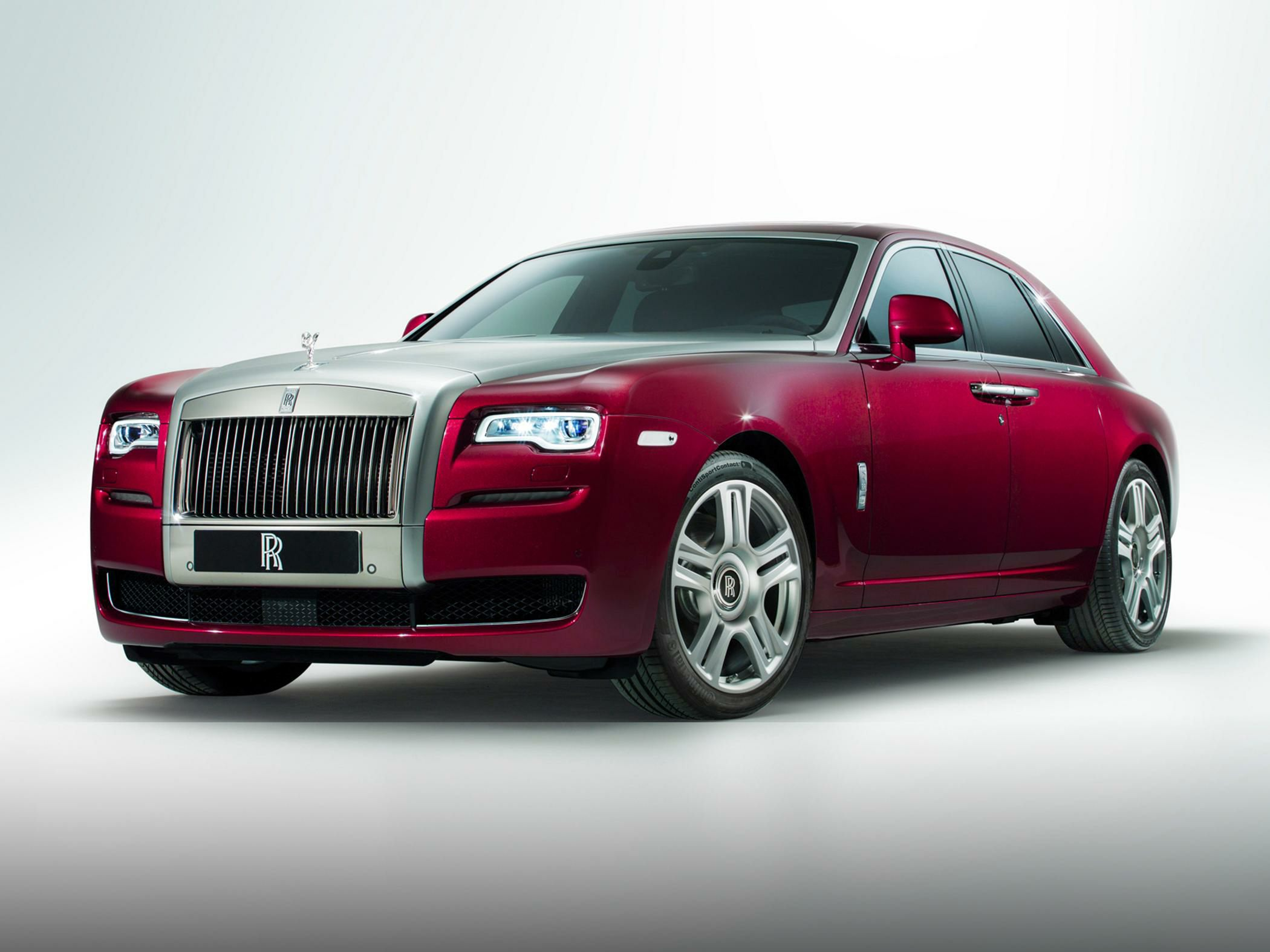 Rolls-Royce rolls out more powerful Ghost V-Specification