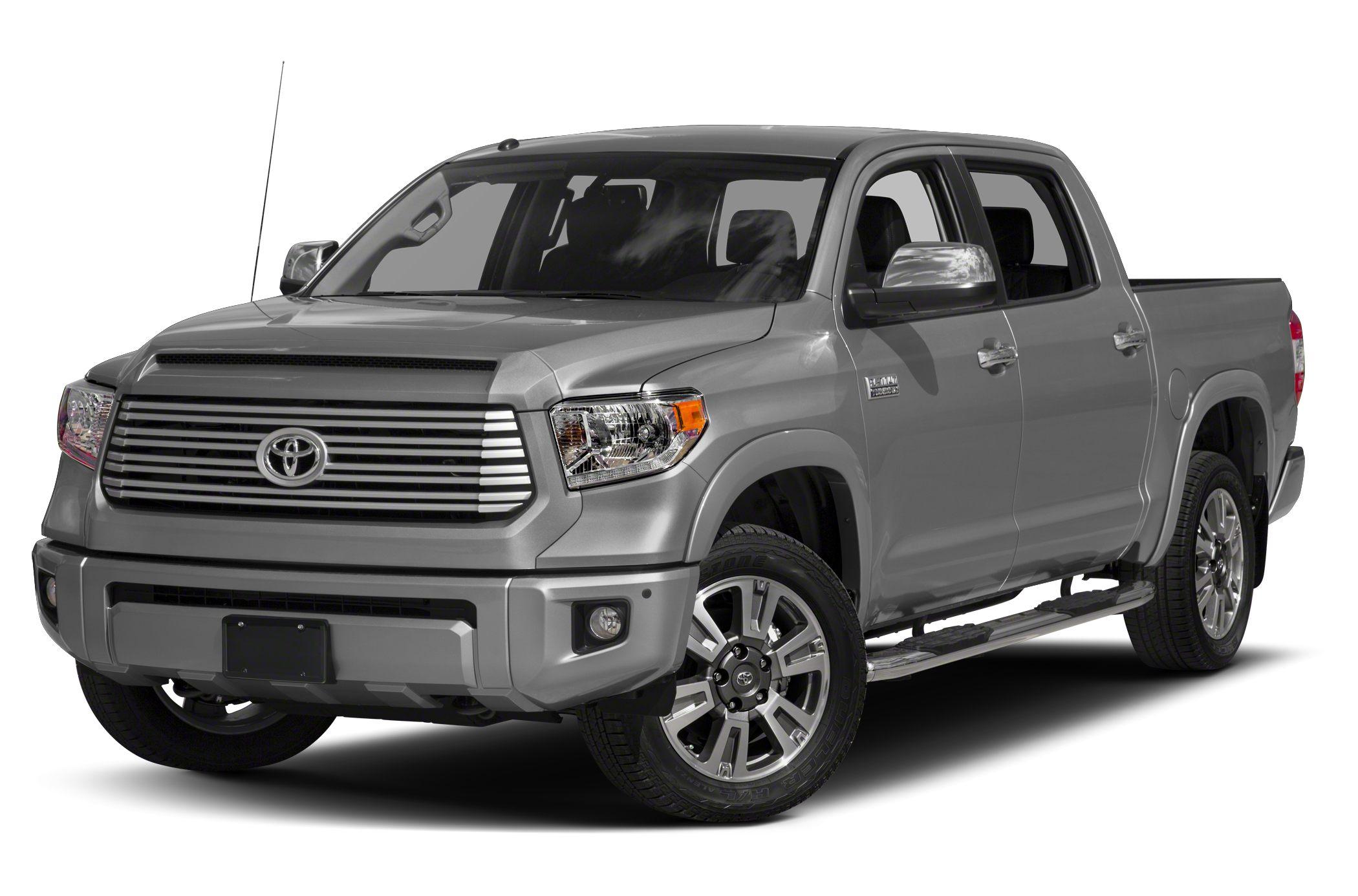 2017 Toyota Tundra Platinum 5.7L V8 4x4 CrewMax 5.6 ft. box 145.7 in. WB