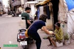 'Robin Hood Army' Feeds the Poor in India, Pakistan