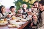 Is It Tacky to Ask Guests to BYOB to Thanksgiving?