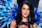 Bella Hadid Suffers Wardrobe FAIL At 2017 Victoria's Secret Fashion Show