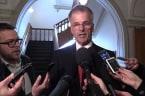 Guy Ouellette veut réintégrer le caucus du PLQ