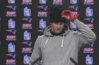 Patriots, Brady tight-lipped on hand injury