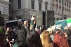 Crowds Sing 'This Little Light of Mine' at Women's March in Rome