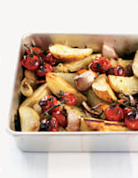Garlicky Potatoes with Tomatoes