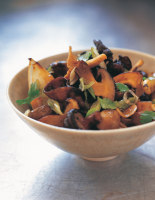 Stir-Fried Mushrooms with Ginger