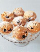 Hazelnut & Blueberry Cakes
