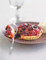 White Chocolate & Cranberry Tarts