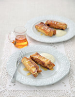 Pan-Fried Banana and Maple Syrup Brioche Rolls