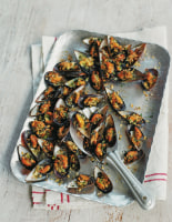 Garlicky Grilled Mussels