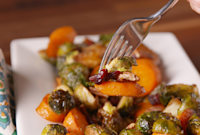 How to Make Balsamic Roasted Veggies for Thanksgiving