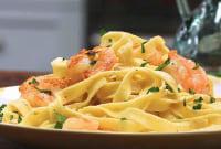 How to Make Shrimp Fettuccine Alfredo