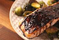 Your Friends Will Be Seriously Impressed By This Balsamic Glazed Salmon
