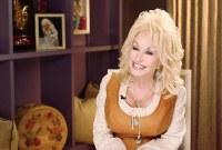 Dolly Parton Visits Superhero Kids at Vanderbilt's Children's Hospital