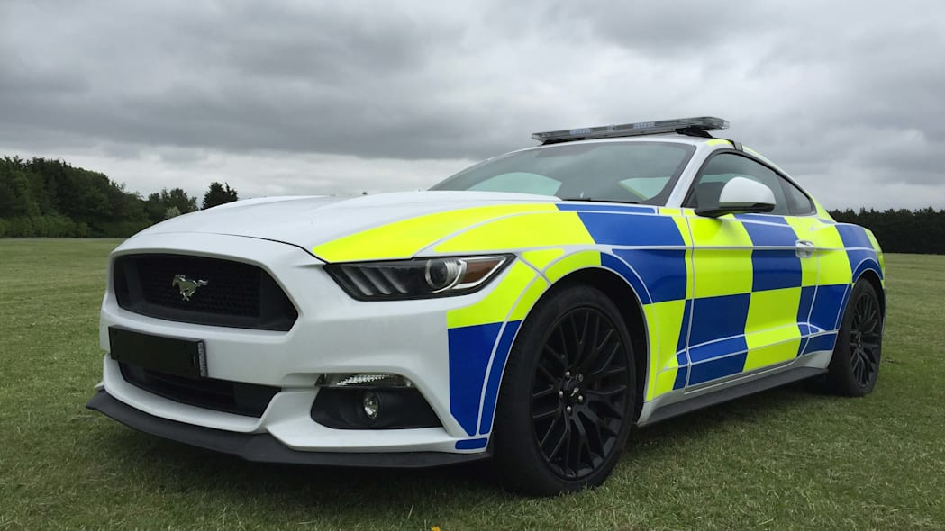 Ford Mustang police UK front