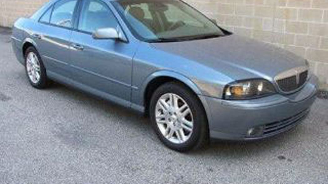 2004 Lincoln LS Ultimate