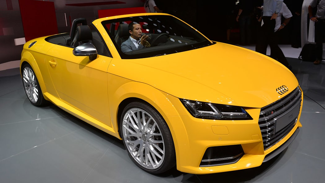 2015 Audi TTS Roadster opens up for all to see [w/video ...