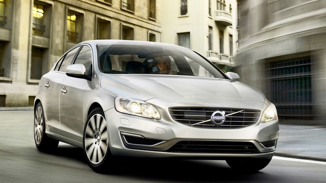 2.0L Turbocharged DOHC 4-cyl. (Volvo S60)