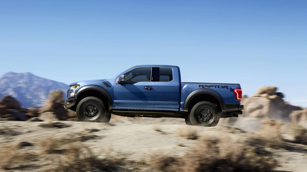 2017 Ford F-150 Raptor At Speed