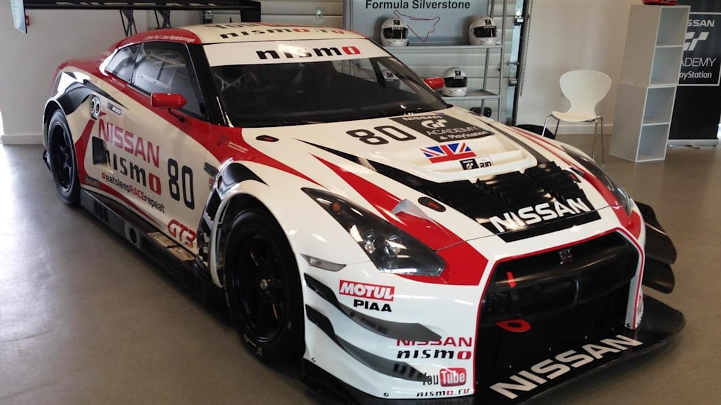Nissan to run two GT-R GT3 cars in 2015 Pirelli World Challenge series