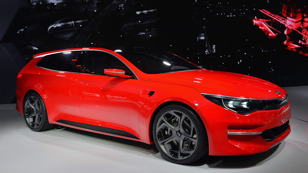 Kia Sportspace Concept Is A Big Red Wagon That Previews