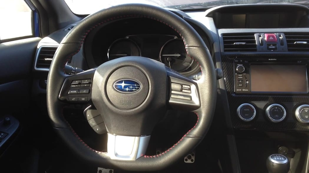 2015 Subaru WRX Steering Wheel | Autoblog Short Cuts